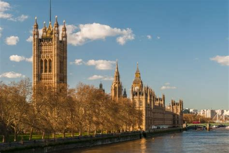 London Travel and Tourism Information