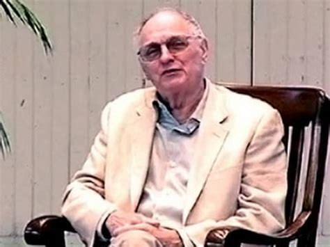 M*A*S*H's Alan Alda Recalls Brush with Death in Chile
