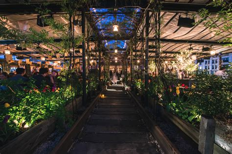 9 Rooftop Farms, Gardens, Bars and Restaurants to Savor