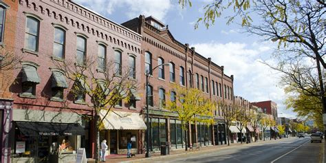 America's Best Small Towns, According To Rand McNally