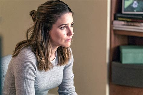 'Chicago PD' Finale: Lindsay Leaves Intelligence — What's